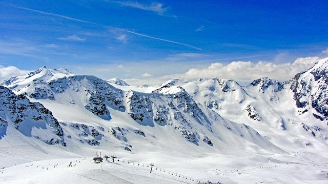 Snowfield Webáruház - A téli sportok szakértője